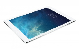Планшет Apple A1475 iPad Air Wi-Fi 4G 128GB Silver